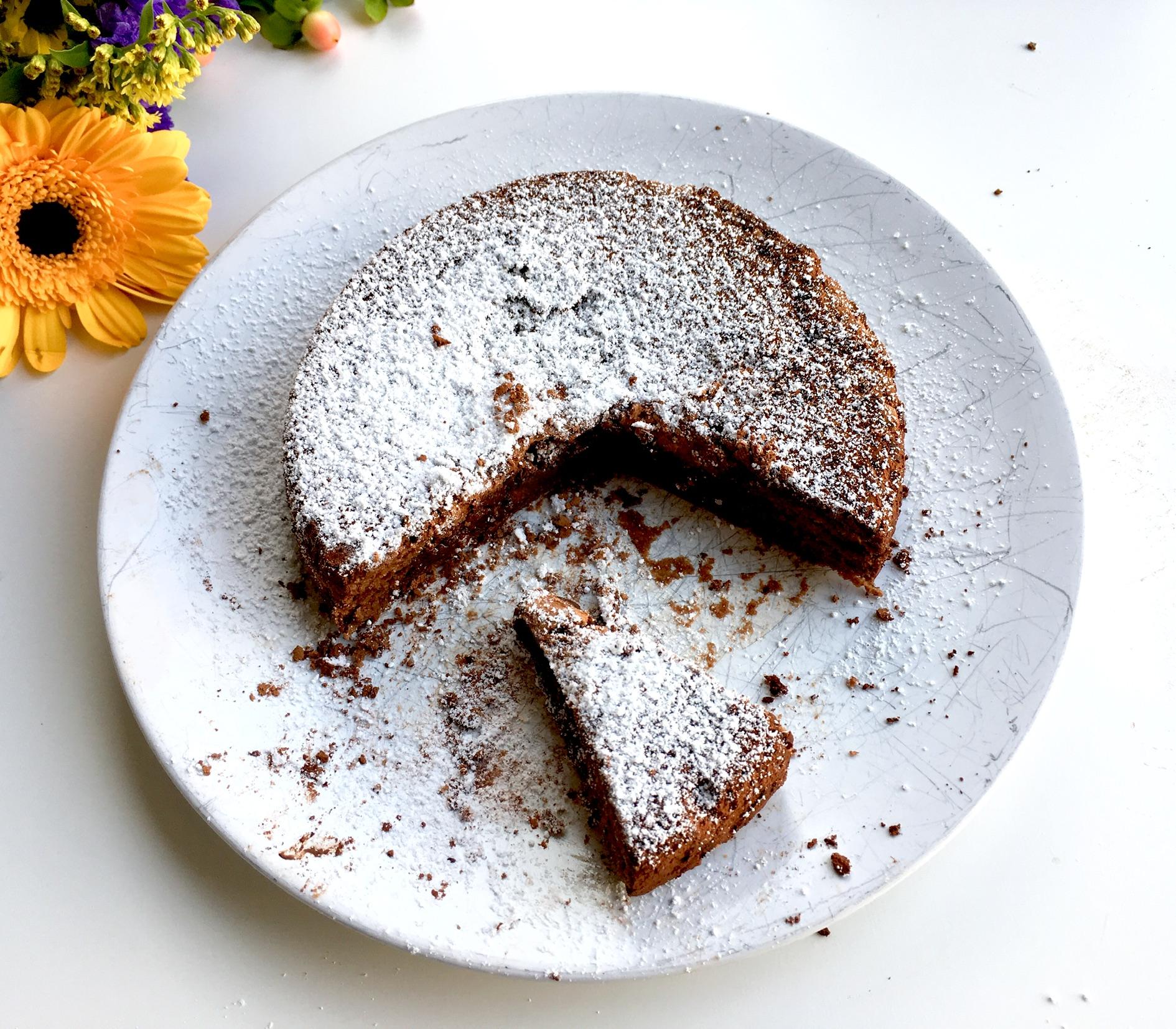 Rezept für Kladdkaka – ein saftiger Schokoladenkuchen (zuckerfrei)