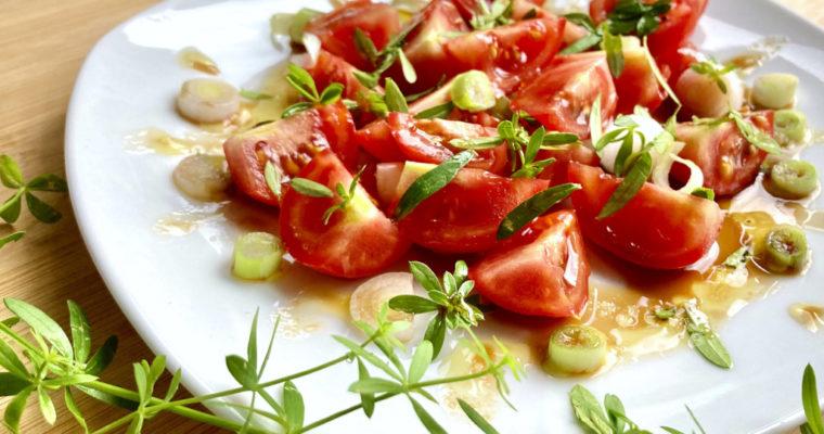 Tomatensalat mit Labkraut Rezept